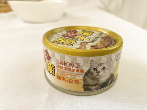 骰子貓紅樟芝主食貓罐80g(鮪魚+白魚)